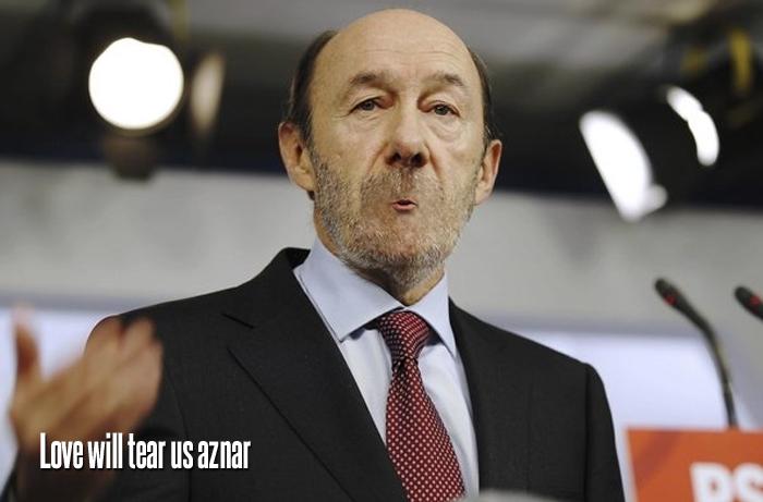 Rubalcaba pidiendo explicaciones a Rajoy