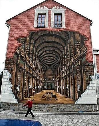 Una docena de trampantojos en fachadas una docena de for Mural art 3d