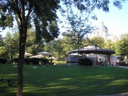 Terraza del parque de Atenas
