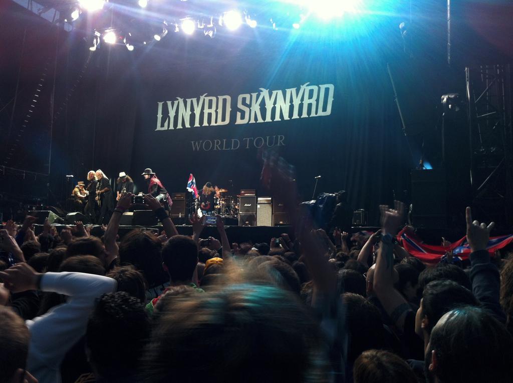 Una docena de momentos para recordar del Azkena Rock Festival 2012