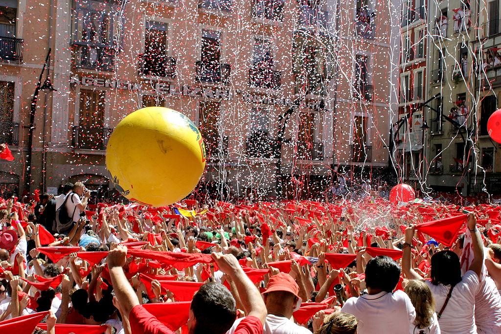 Una docena de fiestas populares para disfrutar en verano