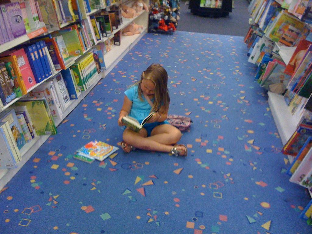 Una docena de libros para despertar la curiosidad por la ciencia en niños y jóvenes