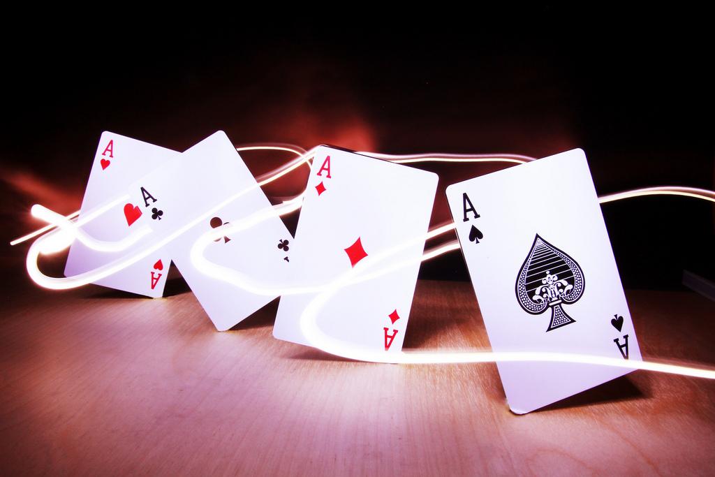 Una docena de estrellas del Póker Mundial