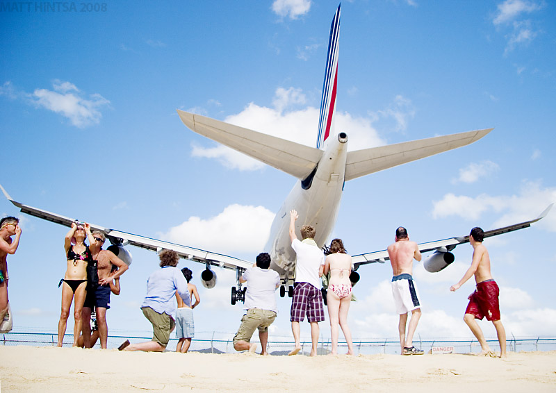 One dozen of situations you want to avoid if you are on a plane