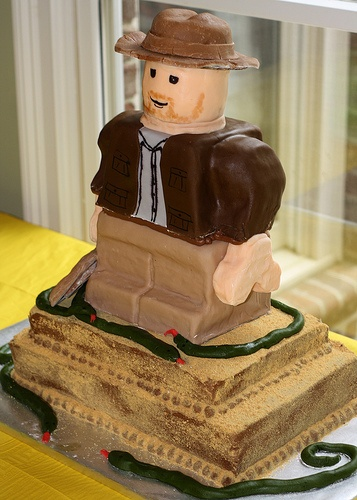 lego indiana jones tarta